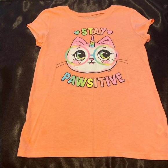 """Children's Place """"stay pawsitive"""" Tee  size 10/12"""